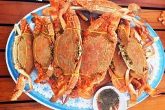 "Top 5 places to eat seafood of Phu Quoc ""standard"""